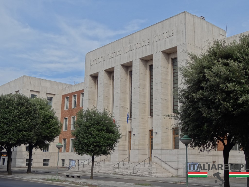 Istituto_Tecnico_Industriale_Statale-Forli