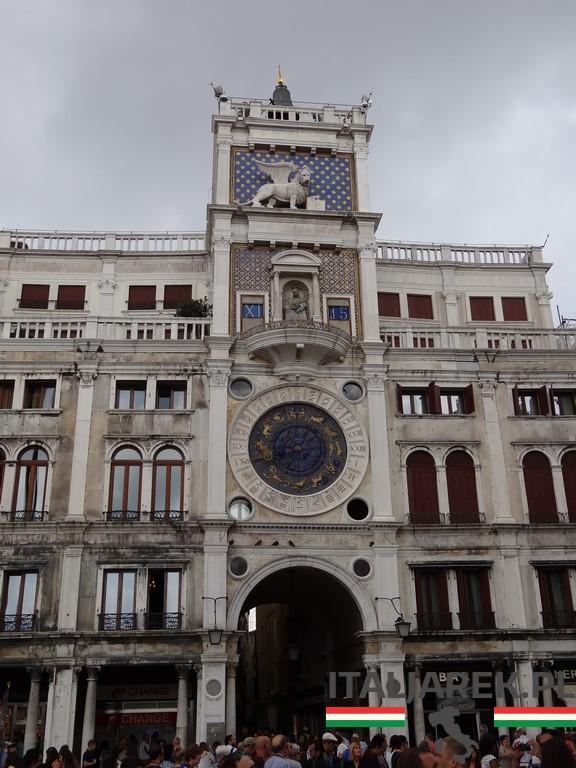 Torre_dell_Orologio-Wenecja