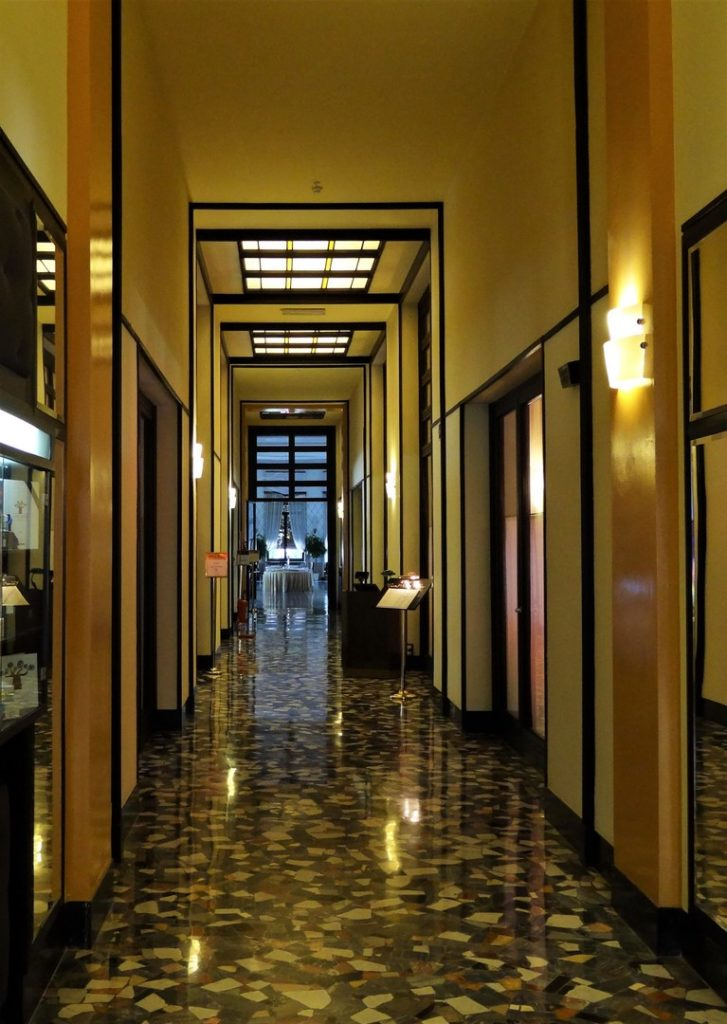 Grand Hotel Terme - korytarz hotelowy (parter)