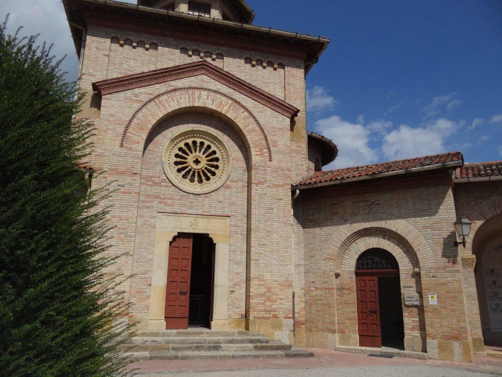 Predappio - kaplica grobowa rodziny Mussolinich