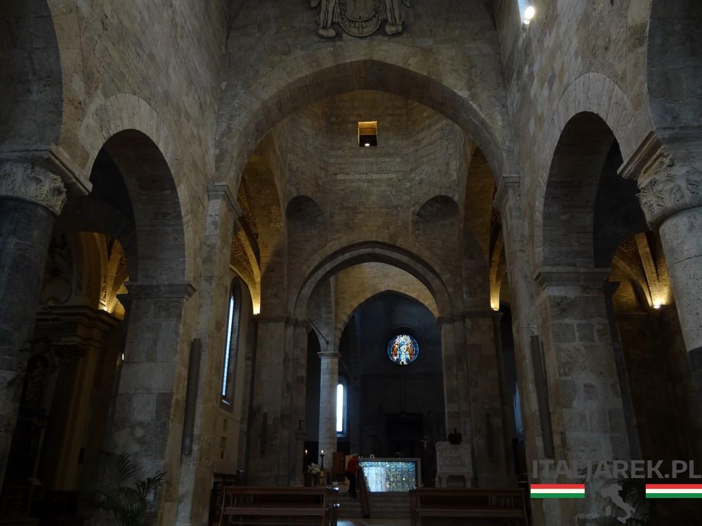 Katedra w Teramo - wnętrze