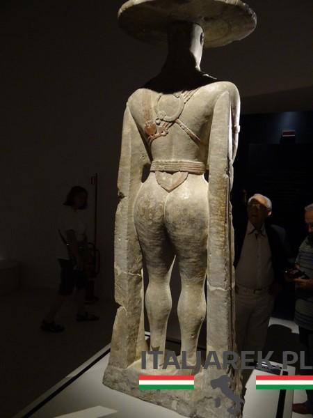 Wojownik z Capestrano - muzeum w Chieti