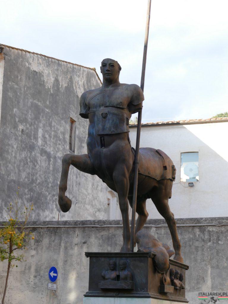 "Igor Mitoraj ""Centaur"""