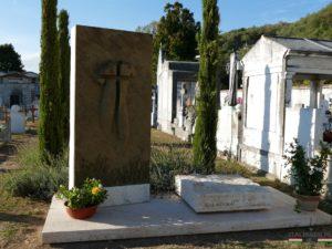 Pietrasanta - grób Igora Mitoraja
