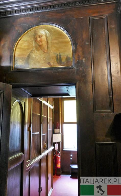 Vittoriale - wejście do pomieszczeń