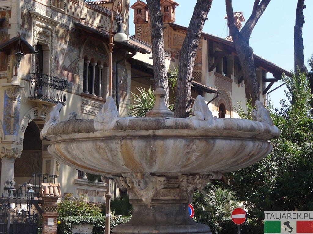 Coppede - fontanna żab