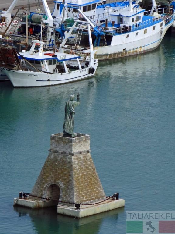 Ortona - port