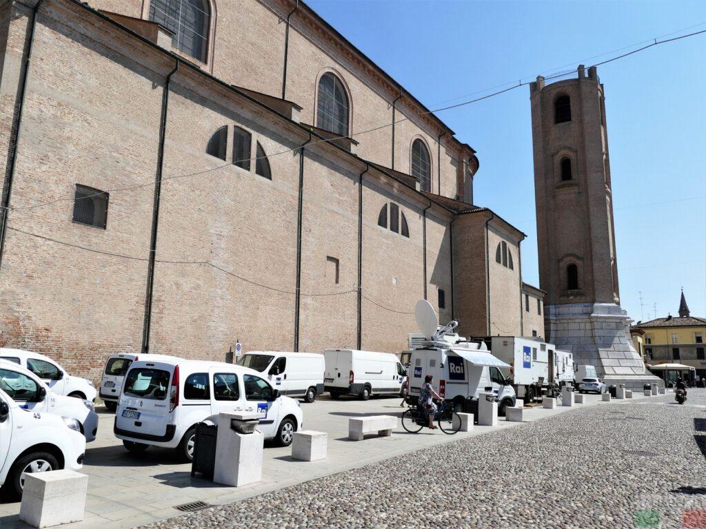 Comacchio - katedra i dzwonnica