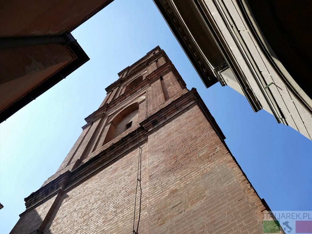 Certosa di Bologna - wieża kościała