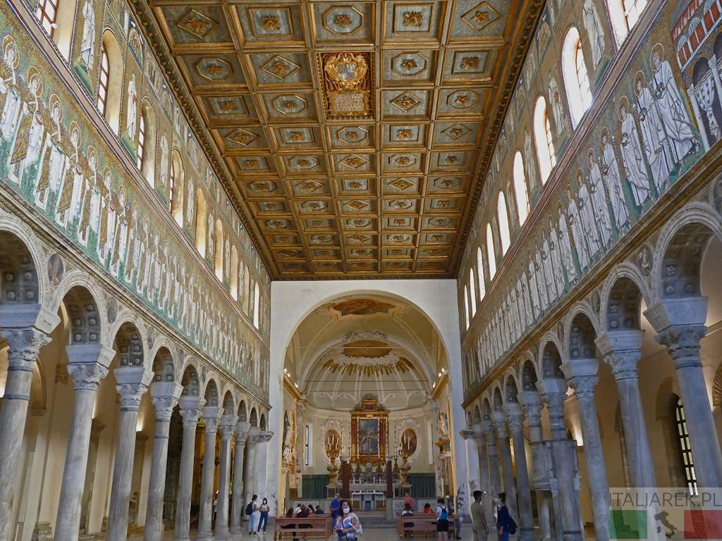 Basilica di Sant' Apollinare Nuovo - wnętrze