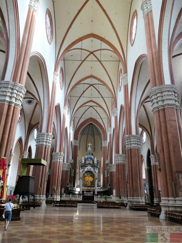 Bazylika San Petronio - wnętrze