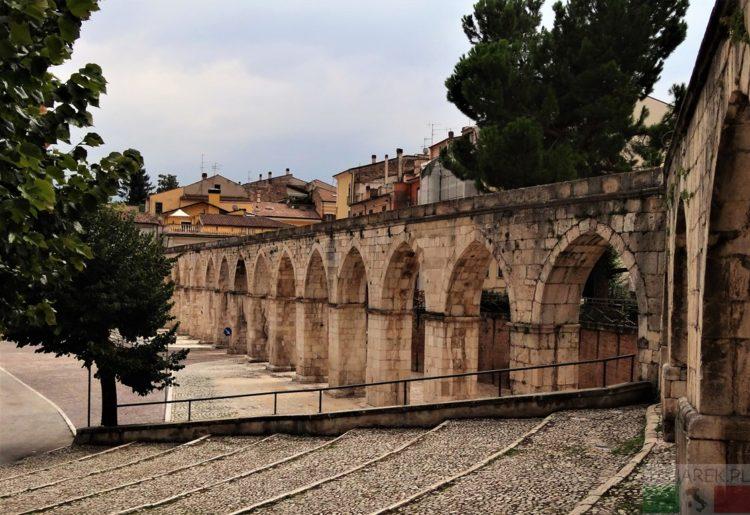 Sulmona - średniowieczny akwedukt