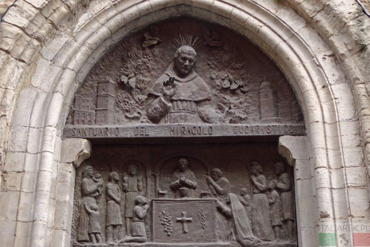 Lanciano - wejście do sanktuarium
